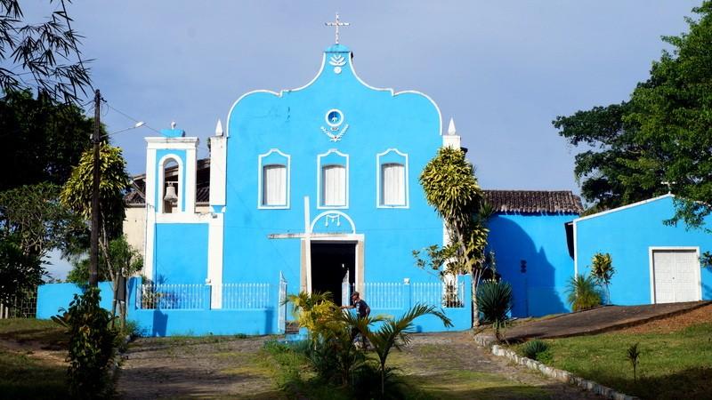 Ilha tem diversas opções de lazer, como mergulho, passeio de volta à Ilha, tour histórico e piscina naturais